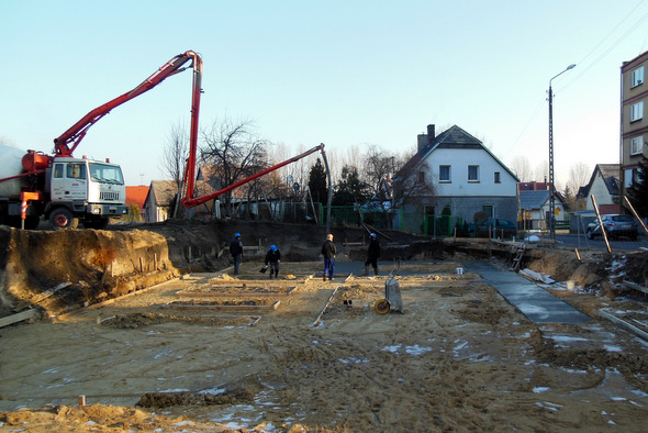 Wylano fundamenty pod nowym centrum Kamienia Pomorskiego