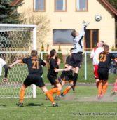 FELIETON PIŁKARSKI – Miniony weekend nie dla wszystkich naszych piłkarskich drużyn był szczęśliwy…