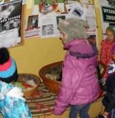 Dzieci ze Szkoły Podstawowej w Gostyniu pomagają zwierzętom
