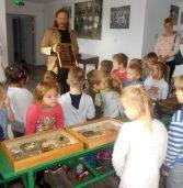 Skarby kamieńskiego Muzeum oczami uczniów i przedszkolaków  z Koła PSOUU