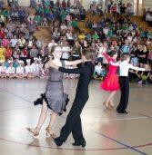 Przegląd zespołów tanecznych z  uśmiechem i bez granic