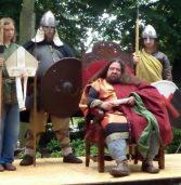 Przykatedralny Jarmark św. Ottona przyciągnął wielu zwiedzających…