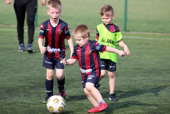 Pogoń Szczecin Football Schools zaprasza na treningi w Kamieniu Pomorskim
