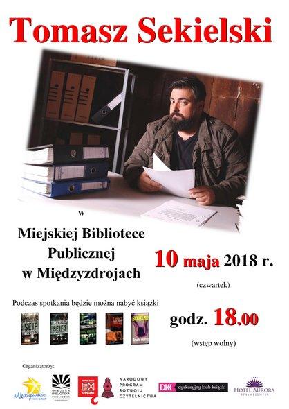 Tomasz Sekielski w międzyzdrojskiej bibliotece