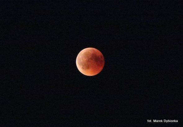 Efektowne zaćmienie Księżyca