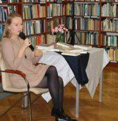 Wędrówka po ludzkich emocjach – spotkanie autorskie z Agatą Kołakowską
