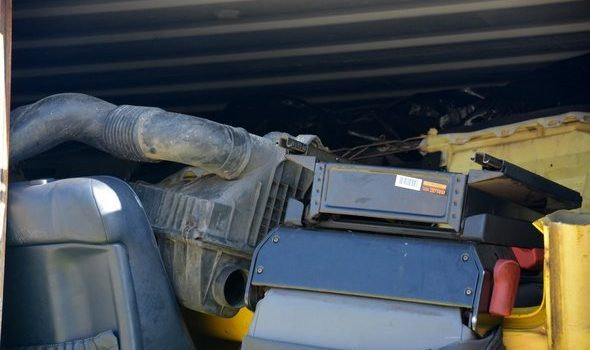 Ponad 17 ton odpadów niedopuszczone do wywozu w szczecińskim porcie