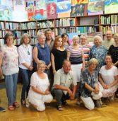Spotkanie Dyskusyjnego Klubu Książki w międzyzdrojskiej bibliotece