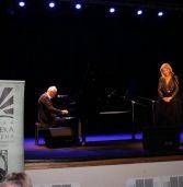 Wieczór autorski z udziałem Krzesimira Dębskiego i Anny Jurksztowicz
