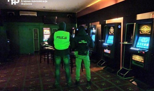 Nielegalny punkt hazardowy w Białogardzie zlikwidowany przez KAS