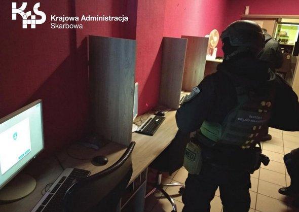 Nielegalne komputery do gier zatrzymane  w Szczecinku